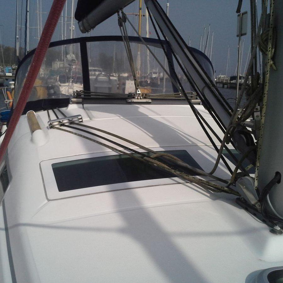 Mastvoet Beneteau Oceanis 323 In Jachthaven Enkhuizen Ijsselmeer Markermeer