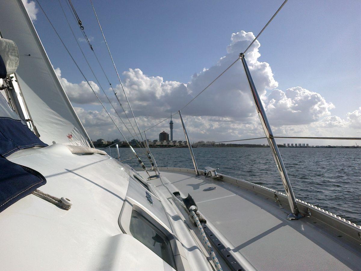 Stuurboord Dek Aanzicht Beneteau Oceanis 343 Ijsselmeer Netyachting
